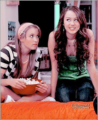 Miley.. And Emily.... ♥♥