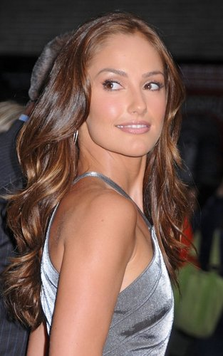 "Minka Kelly out promoting ""Charlie's Angels"" at the ""Late दिखाना with David Letterman"" (September 21)."