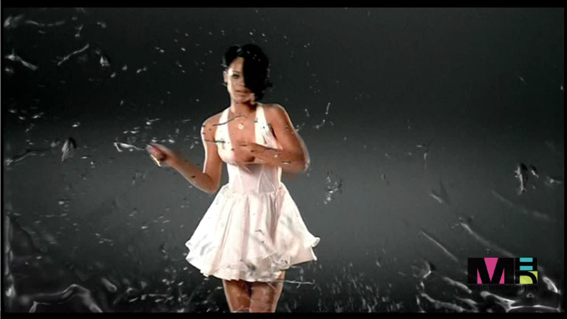 Fotos da rihanna no clipe umbrella 69
