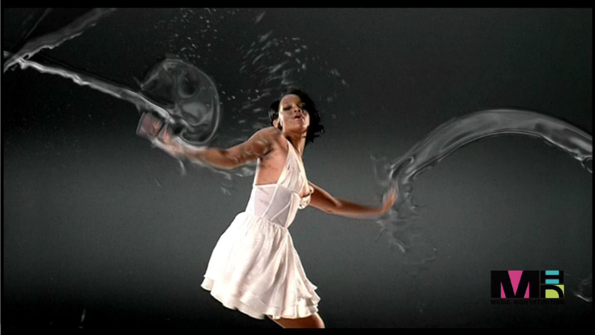 Fotos da rihanna no clipe umbrella 64
