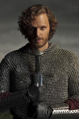 Season 4- Cast Photos- Sir Leon