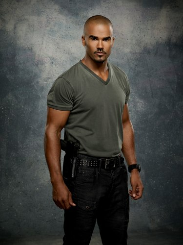 Shemar Moore wallpaper with bellbottom trousers entitled Season 7 Promo