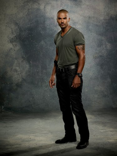 Shemar Moore wallpaper with a fire and a smoke screen called Season 7 Promo