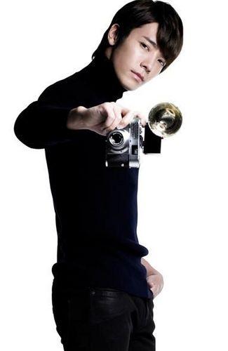 """Super junior """"A-CHA"""" Individual shots"""