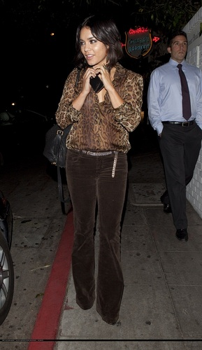 Vanessa - Out and About in LA - September 23, 2011