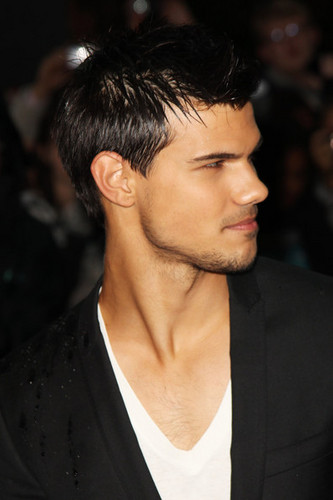 'Abduction' UK Premiere