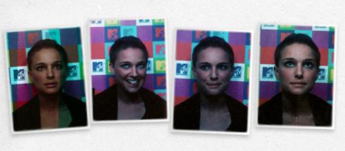 Natalie Portman wallpaper entitled  MTV's TRL Photobooth