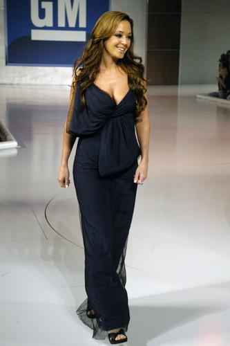 2006 GM TEN Fashion ipakita