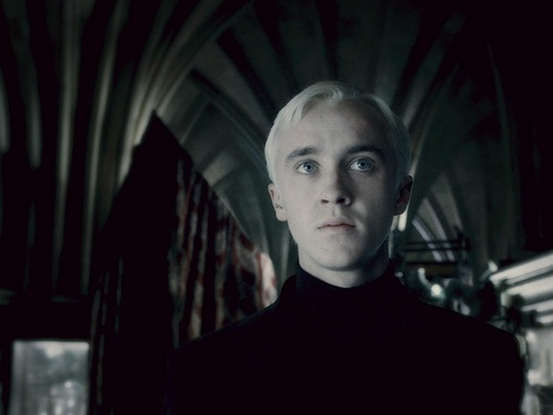 Draco Malfoy দেওয়ালপত্র