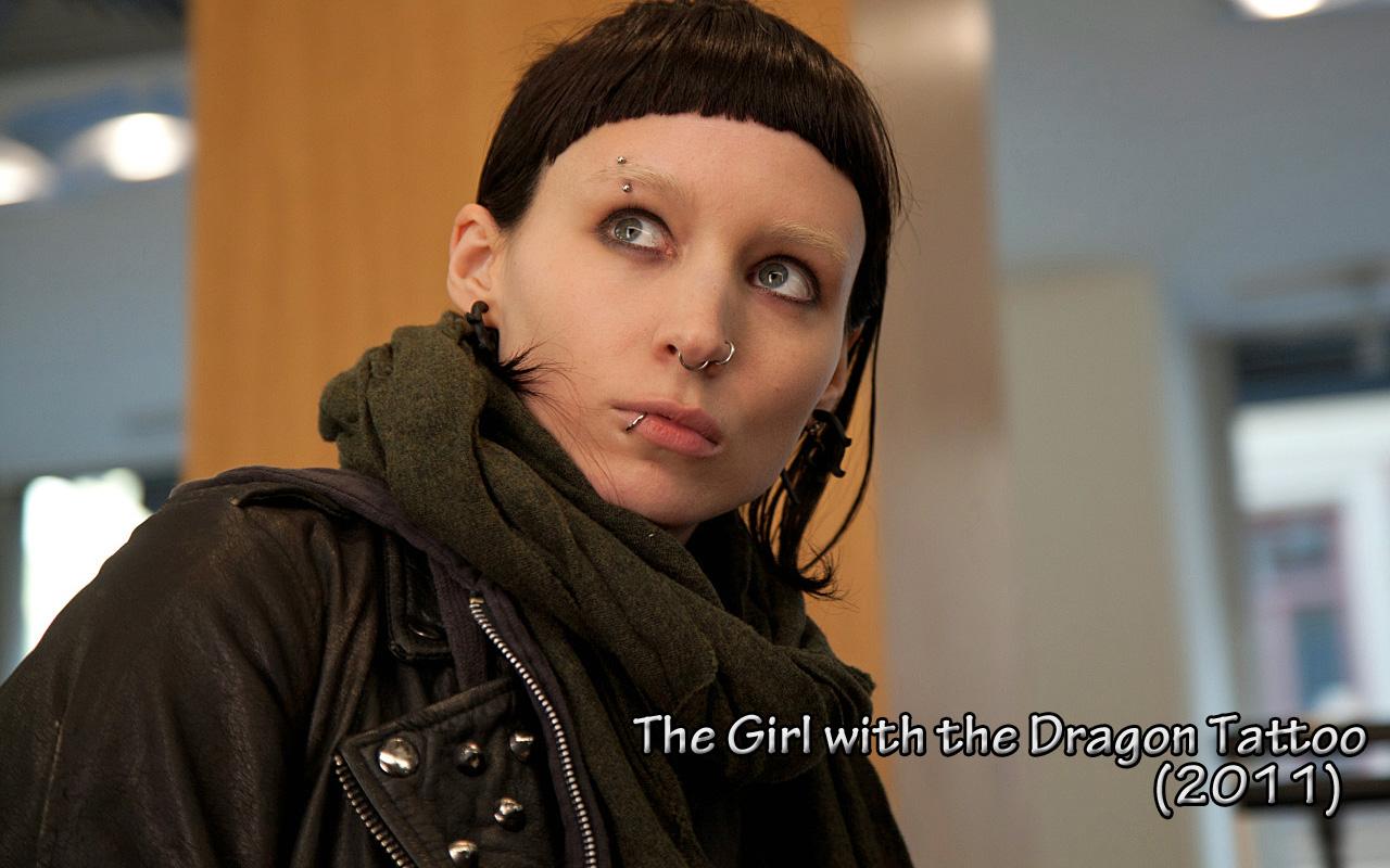 Девушка с татуировкой дракона 2011