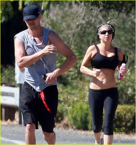 Fergie & Josh Duhamel Make a Run for It