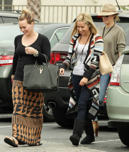 Haylie&Hilary - Shopping with Ashley Tisdale in LA - September 25, 2011