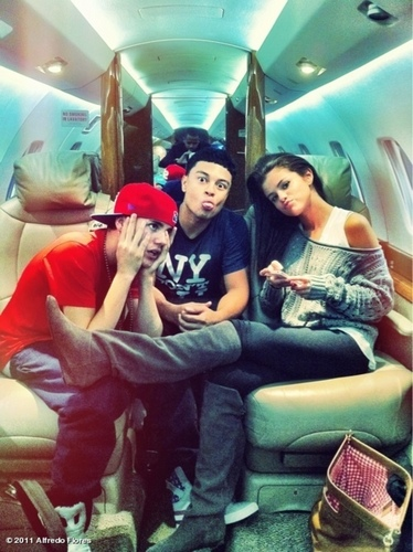Justin and Selena with Alfredo Flores