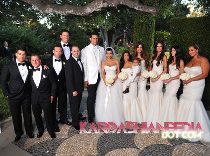 केंडल जेनर वॉलपेपर with a bridesmaid and a business suit called Kim Kardashian & Kris Humphries Wedding चित्रो