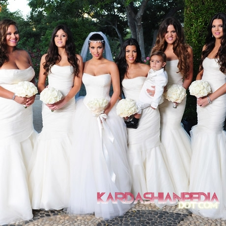 Kim kardashian kris humphries wedding photos khloe kardashian