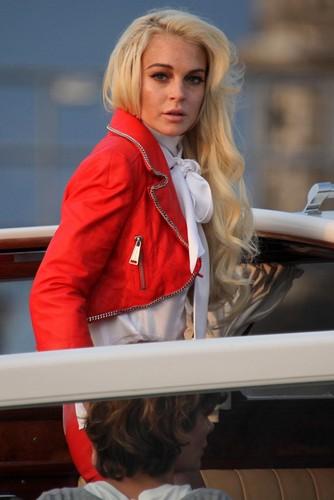 Lindsay Lohan's foto Shoot For Philipp Plein