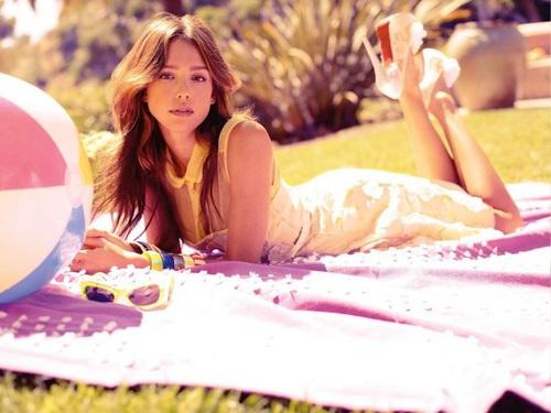 Lovely Jessica karatasi la kupamba ukuta ❤