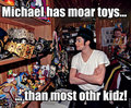 Michael Jackson macro - MJ has many toys!
