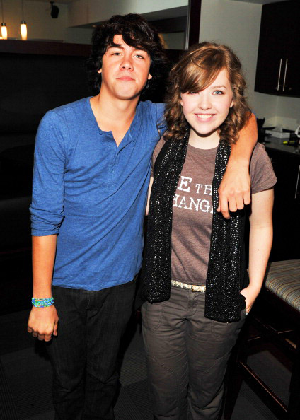 are munro and aislinn dating 2013 oscar