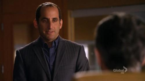 Peter Jacobson karatasi la kupamba ukuta probably containing a business suit titled Peter in The Good Wife
