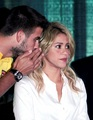 Piqué said Shakira : you are for me really, really old ! - shakira-and-gerard-pique photo