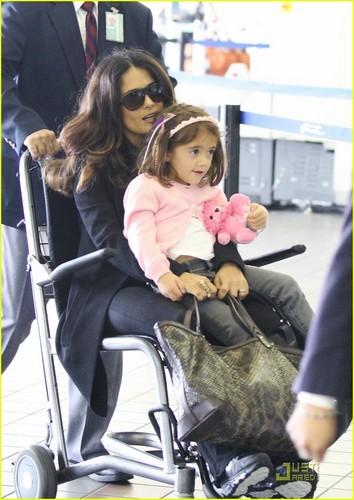 Salma Hayek: Wheelchair Ride Through LAX