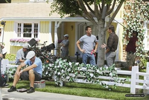 Season 8 Behind the Scenes - desperate-housewives Photo