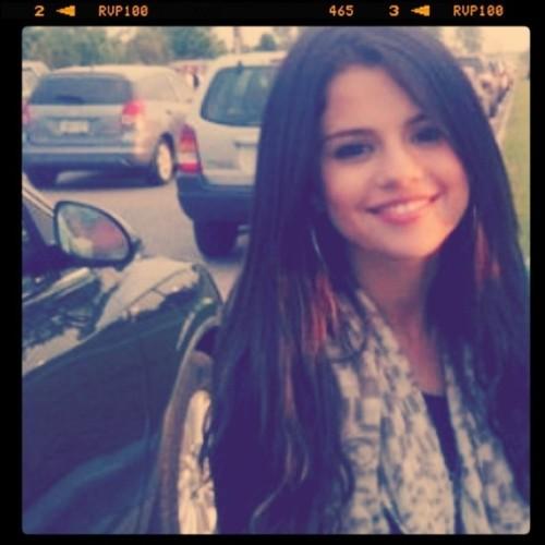 Selena :D