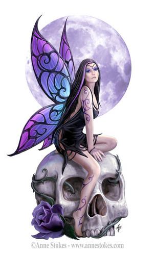 Anne Stokes karatasi la kupamba ukuta titled Skull Fairy