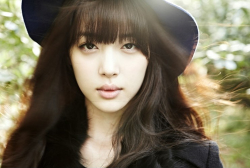 F(x) wallpaper titled Sulli @ QUA