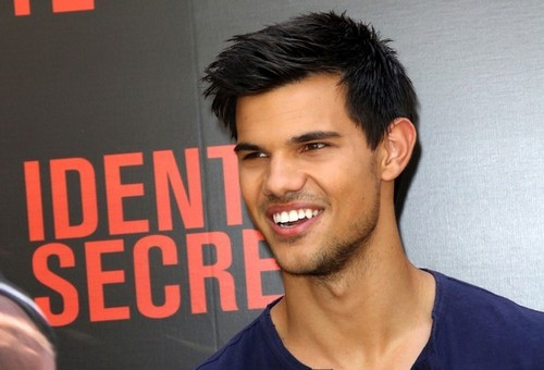Taylor Lautner 'Abduction' Photocall