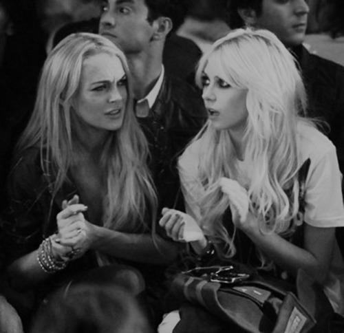 Taylor&Lindsay;