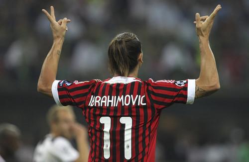 Z. Ibrahimovic (AC Milan - Viktoria Plzen)