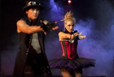 kat performing in season 2