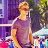 JJ ϟ I really want you dead or alive to live a lie Tom-tom-felton-25659421-100-100
