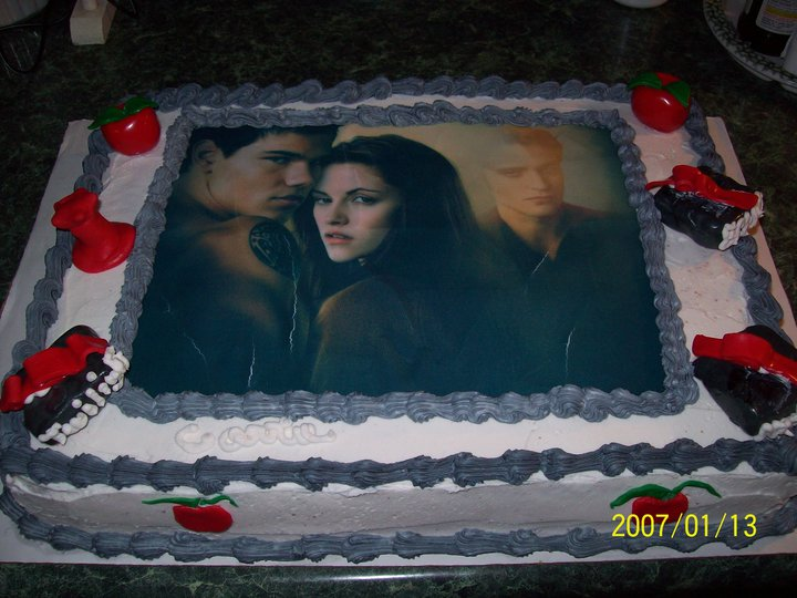 twilight cake i made for birthday