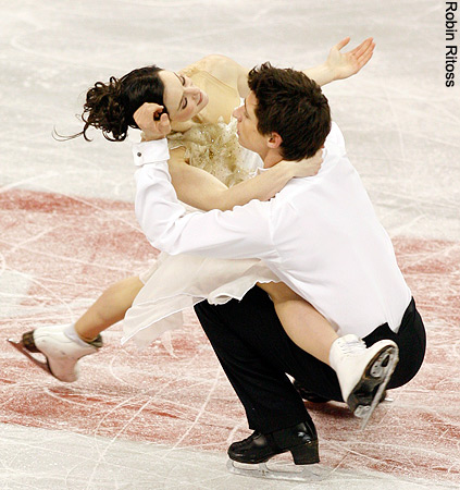 Tessa Virtue & Scott Moir wallpaper entitled 2009 Skate Canada » Free Dance