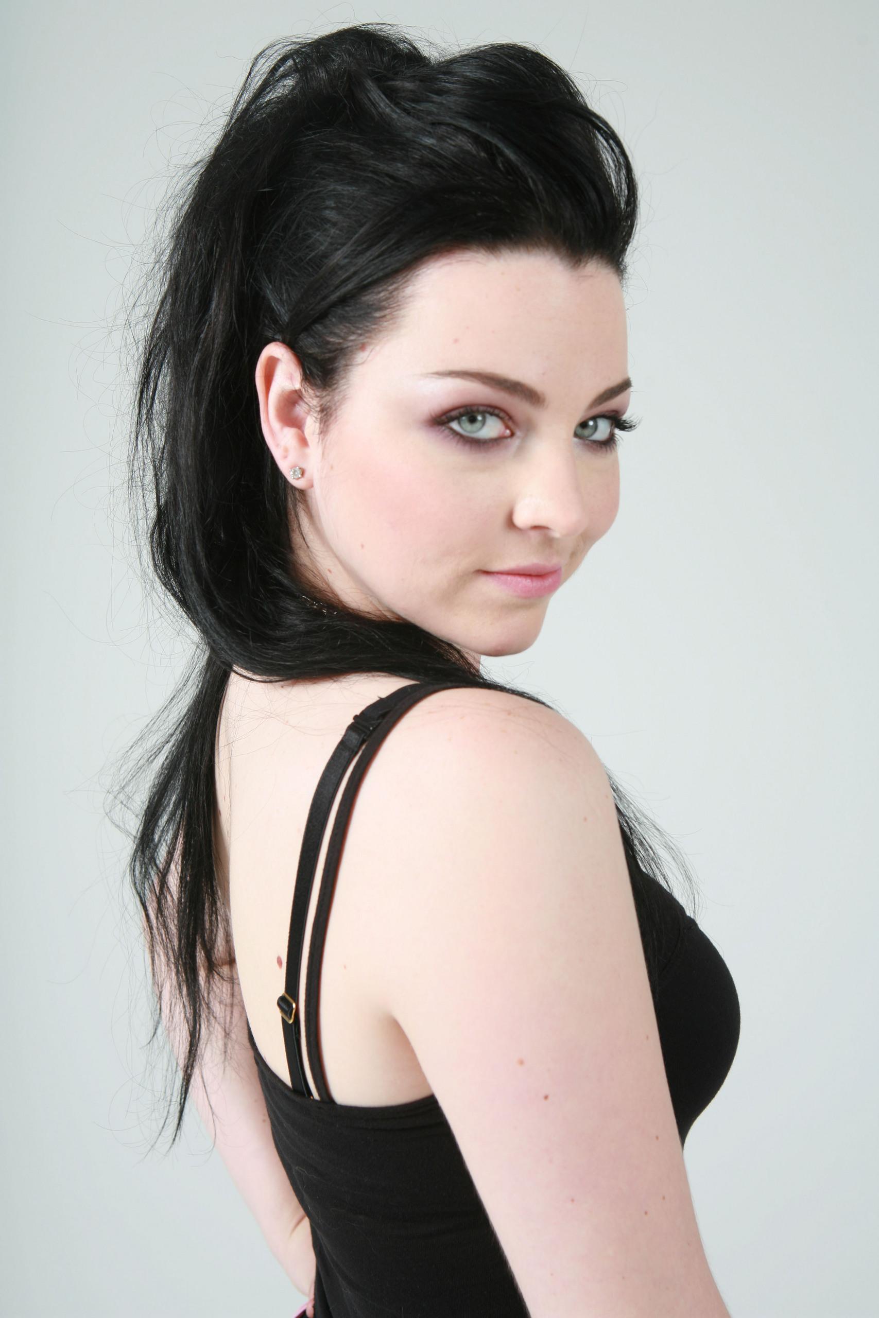 Amy Lee Net Worth