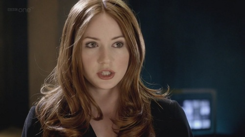Amy Pond پیپر وال containing a portrait titled Amy Pond - 6x13 - The Wedding Of River Song