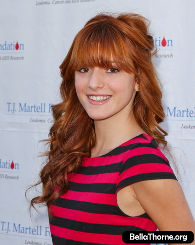 Bella Thorne> 2011 TJ Martell Family 日
