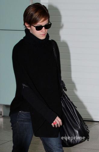 Emma Watson is back in Лондон [October 3]