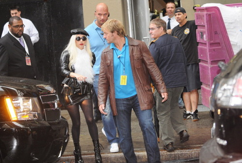 Gaga arrives @ Sting's 25th anniversary and 60th birthday संगीत कार्यक्रम in NYC