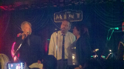 Hugh laurie and Tom Jones-Concert set 2011