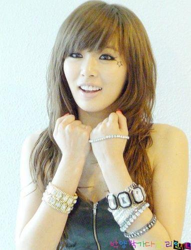 Kim HyunA wallpaper with a portrait titled Hyuna