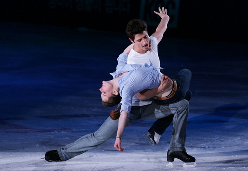 Tessa Virtue & Scott Moir wallpaper entitled Jack and Diane 2009 EX