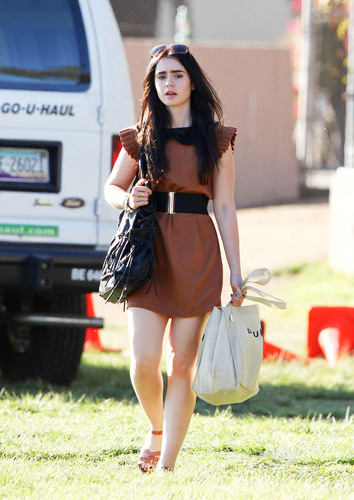 Lily Collins seen out shopping in West Hollywood, October 2
