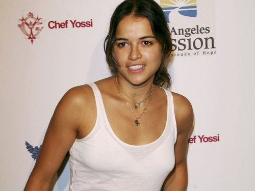 Michelle Rodriguez fond d'écran probably containing a portrait titled Michelle Rodriguez fond d'écran