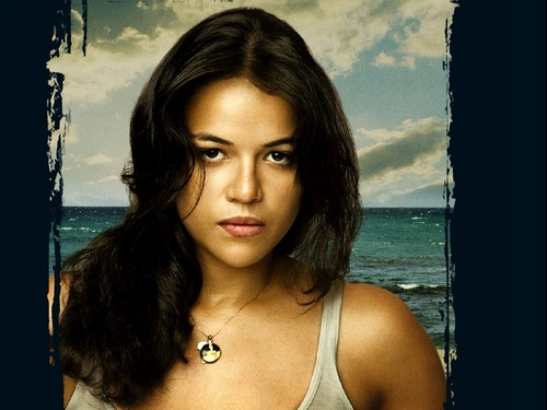 Michelle Rodriguez fond d'écran probably with a bikini and a portrait entitled Michelle Rodriguez fond d'écran