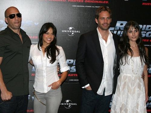 Michelle Rodriguez দেওয়ালপত্র