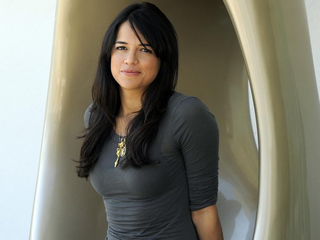 Michelle Rodriguez hình nền